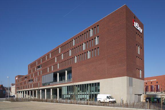 InBev Headquarters - Guthrie Douglas