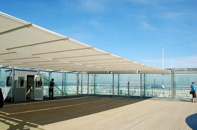 Montparnasse rooftop blinds