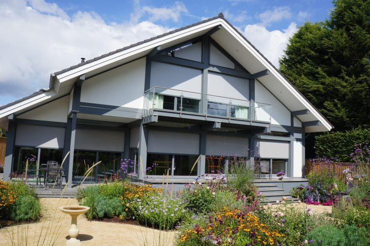 t600 blinds on residential house