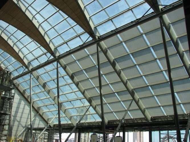 Tess 200 roof blinds