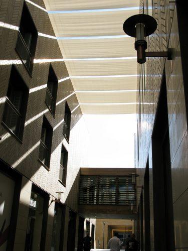 Tess 440b Tension blinds